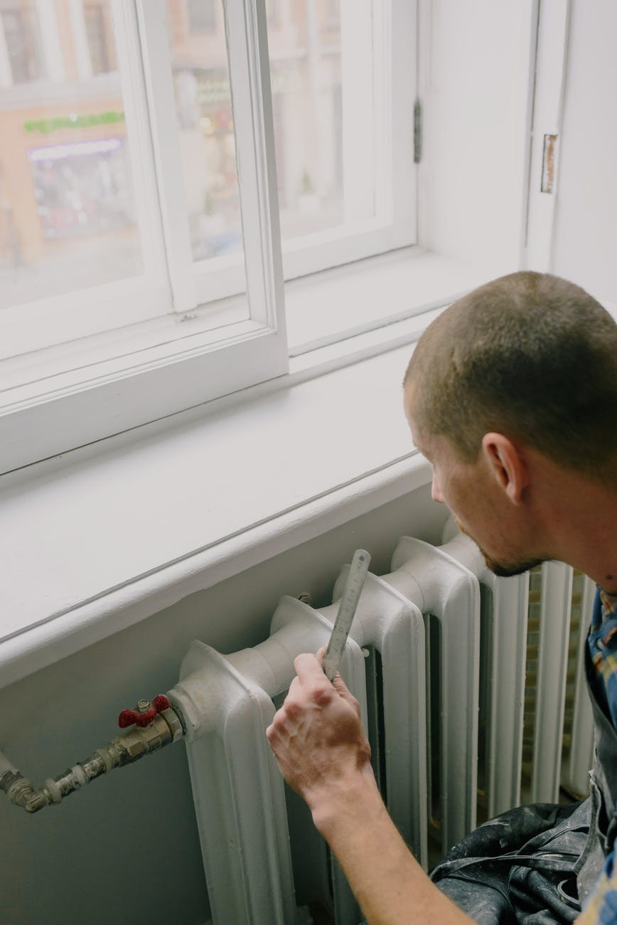 The Benefits of Ductless Heating and Cooling Systems
